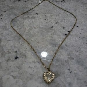 🎀 heart locket necklace
